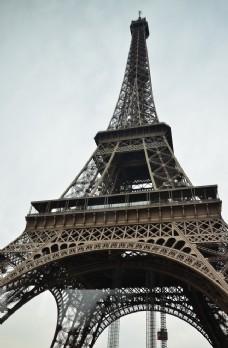 艾菲尔铁塔近景